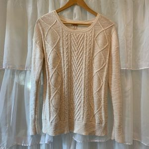 Mossimo Supply Co. M Ivory Cable Knit Sweater